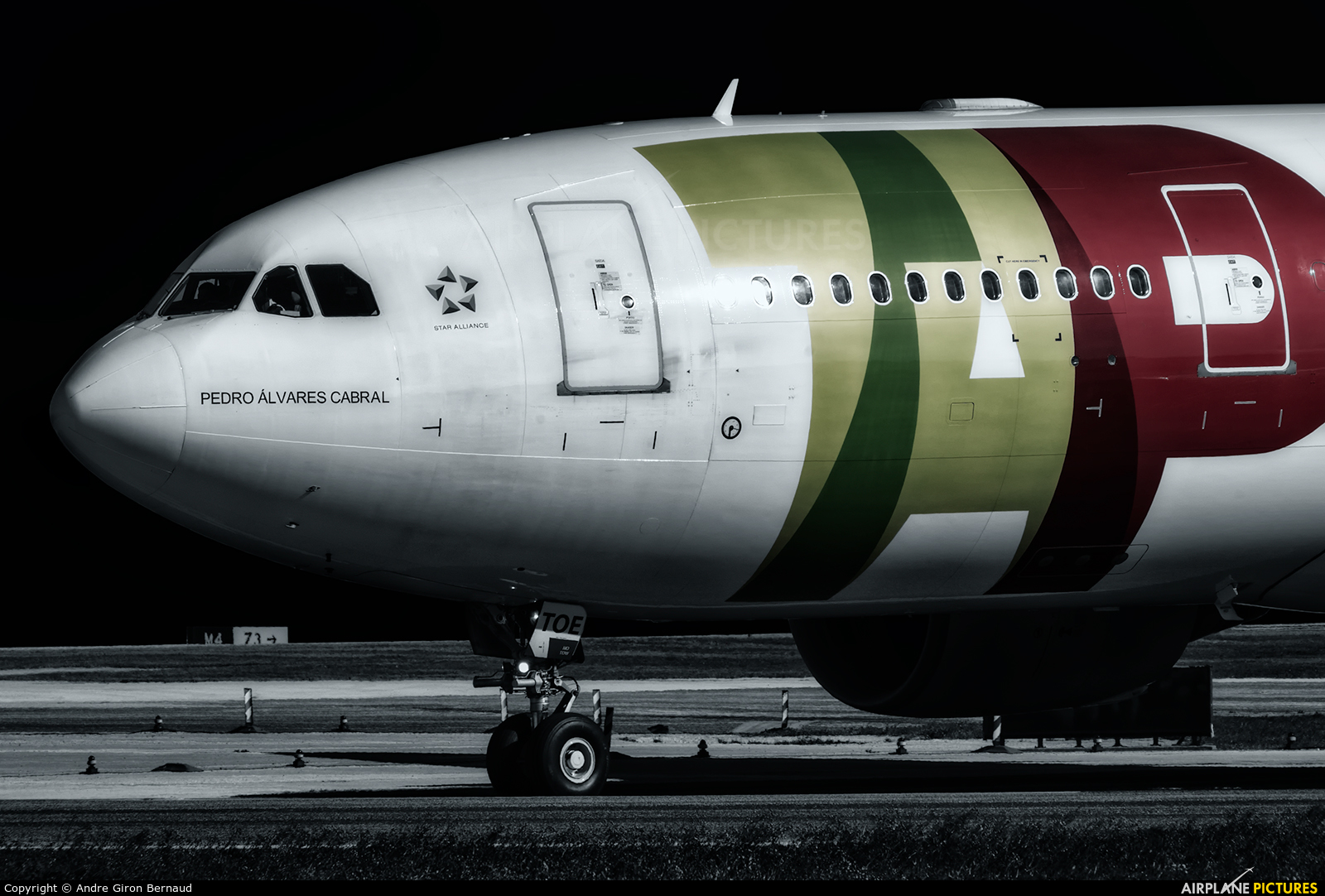 TAP Portugal CS-TOE aircraft at Lisbon