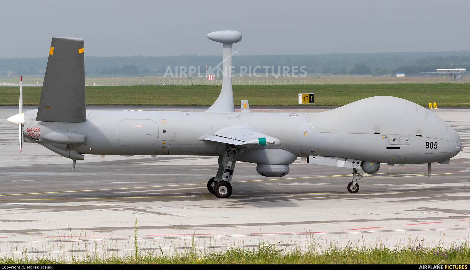 Private 905 aircraft at Katowice - Pyrzowice