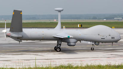 905 - Private Elbit Hermes 900