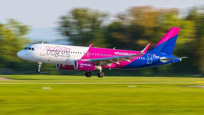 G-WUKD - Wizz Air UK Airbus A320