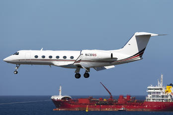 N430QS - Netjets (USA) Gulfstream Aerospace G-IV,  G-IV-SP, G-IV-X, G300, G350, G400, G450
