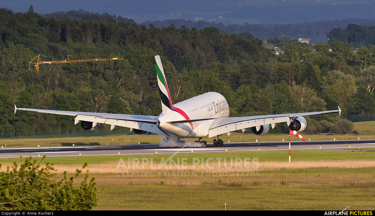 Emirates Airlines A6-EEV aircraft at Zurich