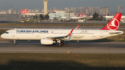 TC-JTO - Turkish Airlines Airbus A321