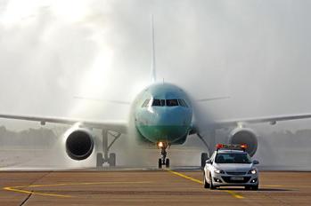 5B-DCX - Cyprus Airways Airbus A319