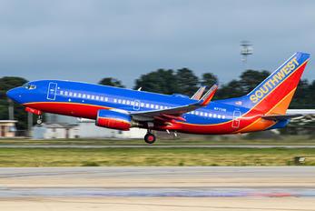N7701B - Southwest Airlines Boeing 737-700