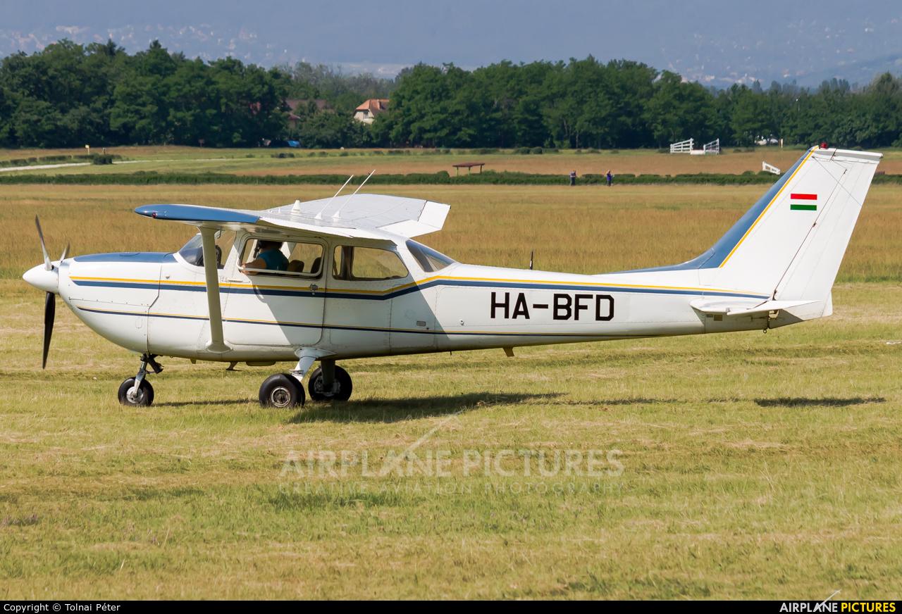 Private HA-BFD aircraft at Dunakeszi