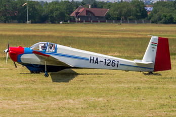 HA-1261 - Private Scheibe-Flugzeugbau SF-25 Falke