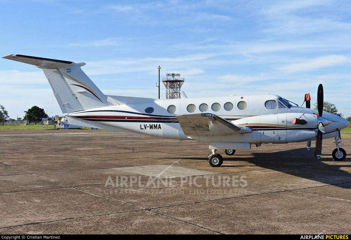 Private LV-WMA aircraft at Corrientes