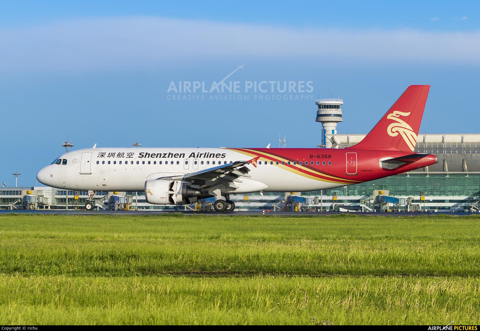 Shenzhen Airlines B-6358 aircraft at Shenyang-Taoxian
