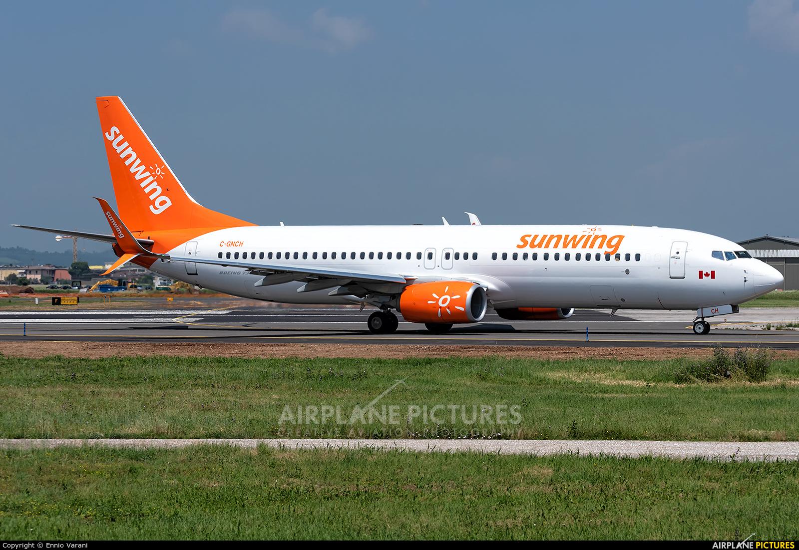 Sunwing Airlines C-GNCH aircraft at Verona - Villafranca