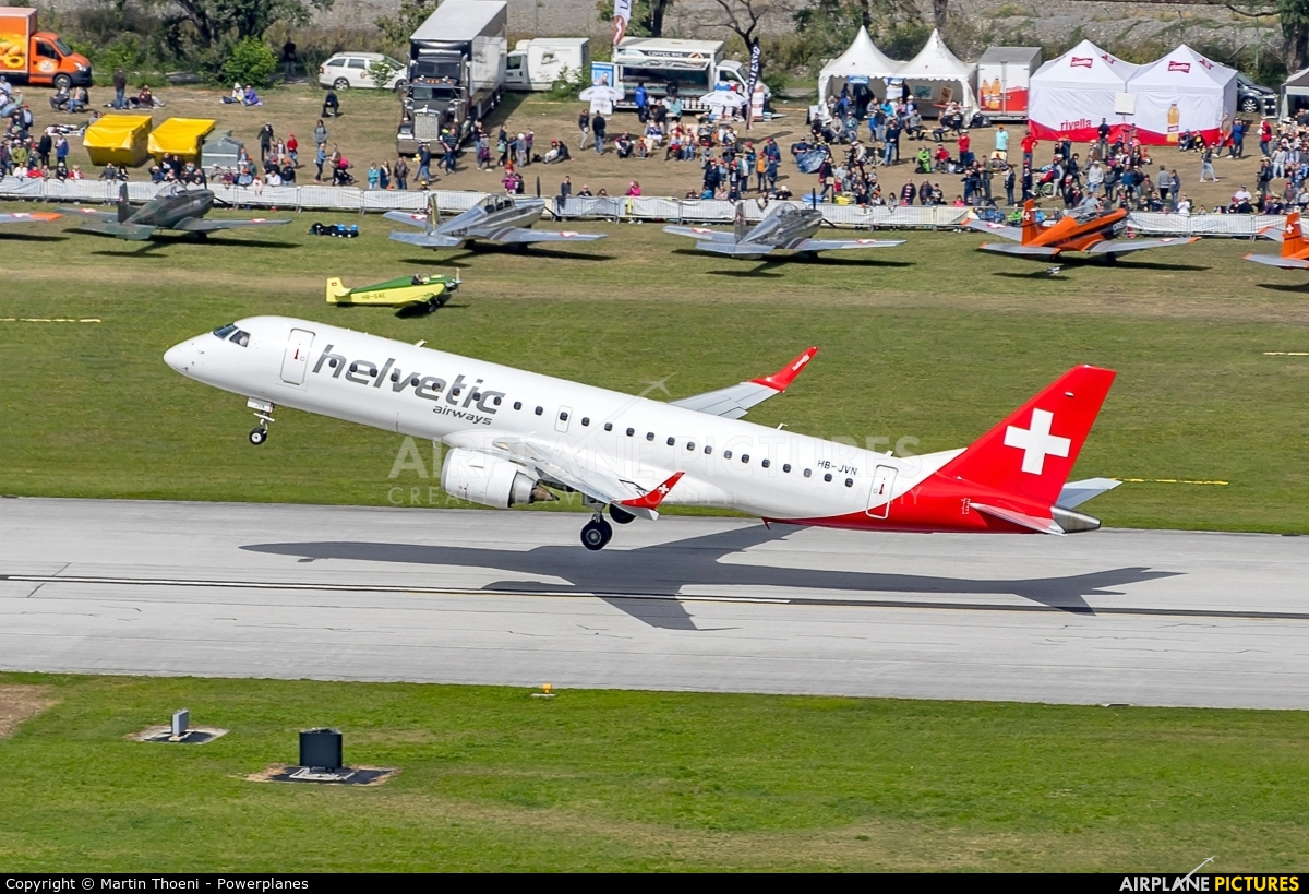 Helvetic Airways HB-JVN aircraft at Sion
