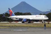 Delta Air Lines N6713Y image