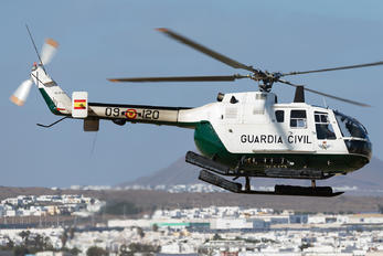 HU.15-92 - Spain - Guardia Civil MBB Bo-105