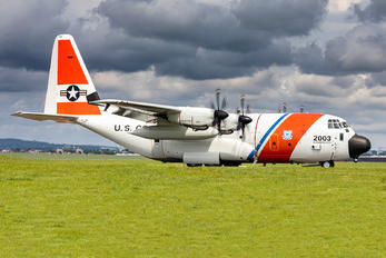 01-2003 - USA - Coast Guard Lockheed HC-130J Hercules