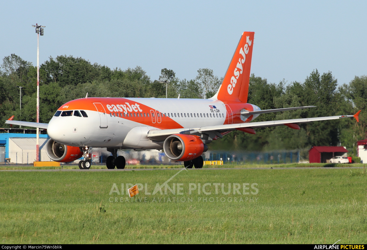 easyJet Europe OE-LQH aircraft at Warsaw - Frederic Chopin