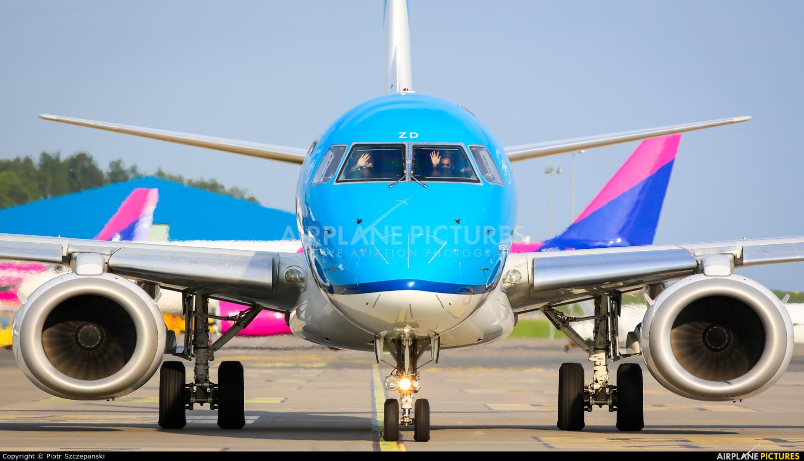 KLM Cityhopper PH-EZD aircraft at Gdańsk - Lech Wałęsa