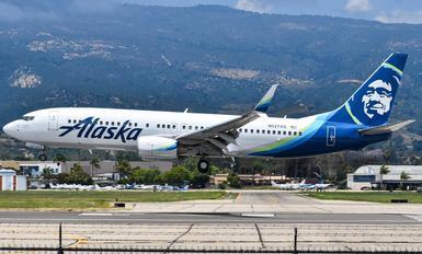 N527AS - Alaska Airlines Boeing 737-800