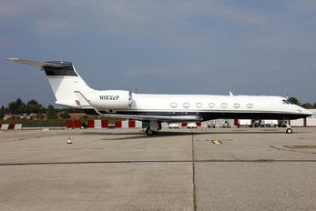 N1932P - Private Gulfstream Aerospace G-IV,  G-IV-SP, G-IV-X, G300, G350, G400, G450