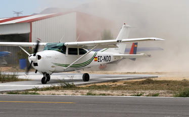 EC-NDO - Private Cessna 182 Skylane (all models except RG)