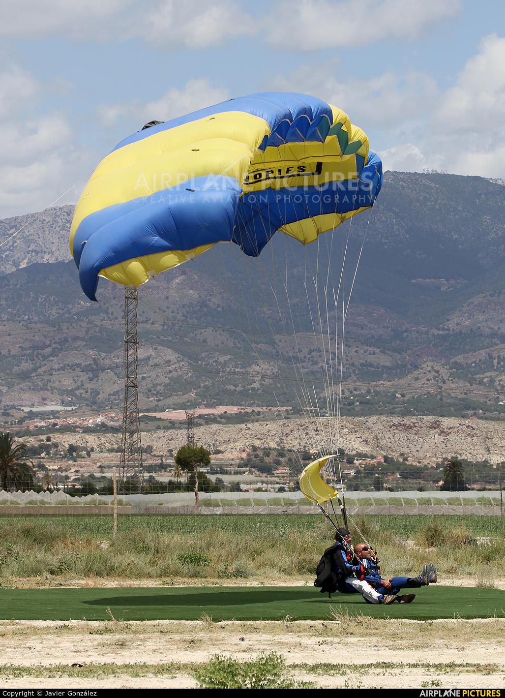 Parachute - aircraft at Totana