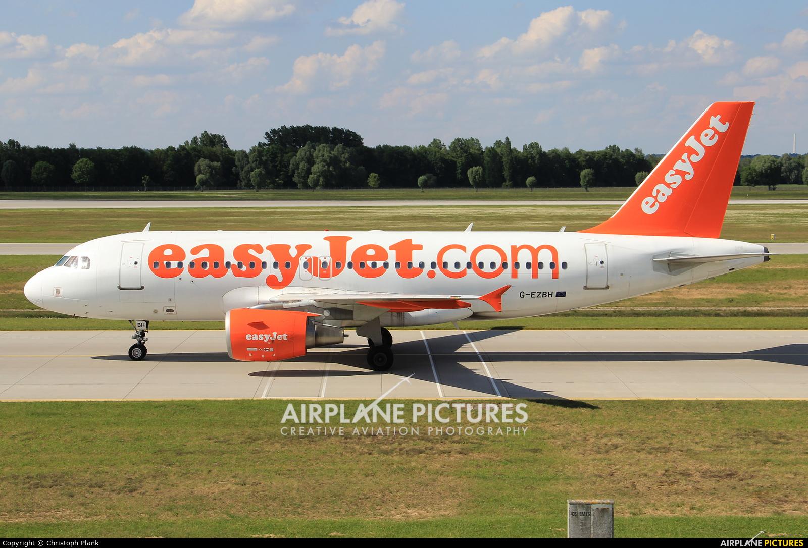 easyJet G-EZBH aircraft at Munich