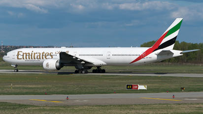 A6-EBJ - Emirates Airlines Boeing 777-300ER