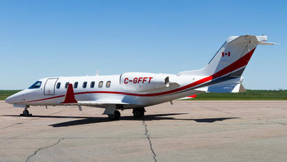C-GFFT - Private Learjet 75