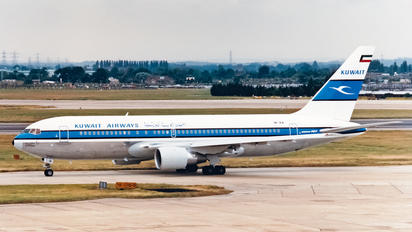 9K-AIA - Kuwait Airways Boeing 767-200ER