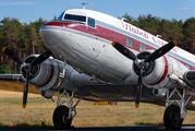 N103NA - Private Douglas DC-3 aircraft