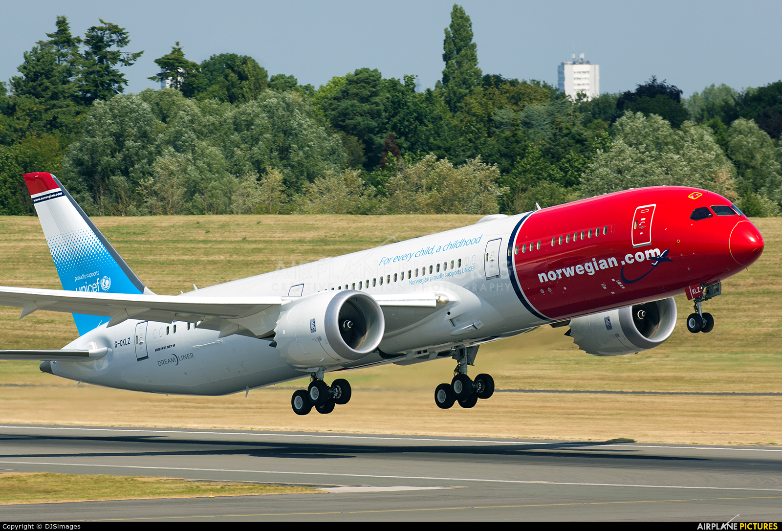 Norwegian Air UK G-CKLZ aircraft at Birmingham