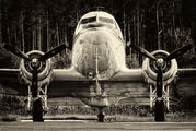 N103NA - Private Douglas DC-3 aircraft