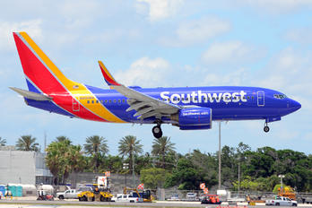 N566WN - Southwest Airlines Boeing 737-700