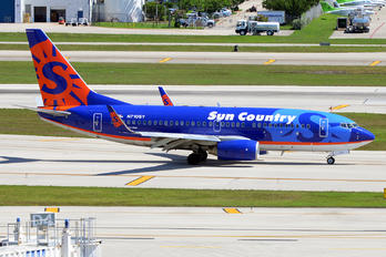 N710SY - Sun Country Airlines Boeing 737-700