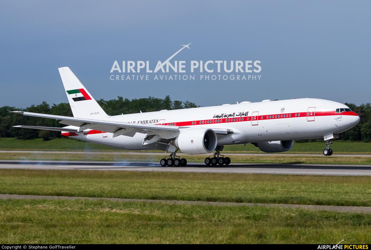 United Arab Emirates - Government A6-ALN aircraft at Basel - Mulhouse- Euro