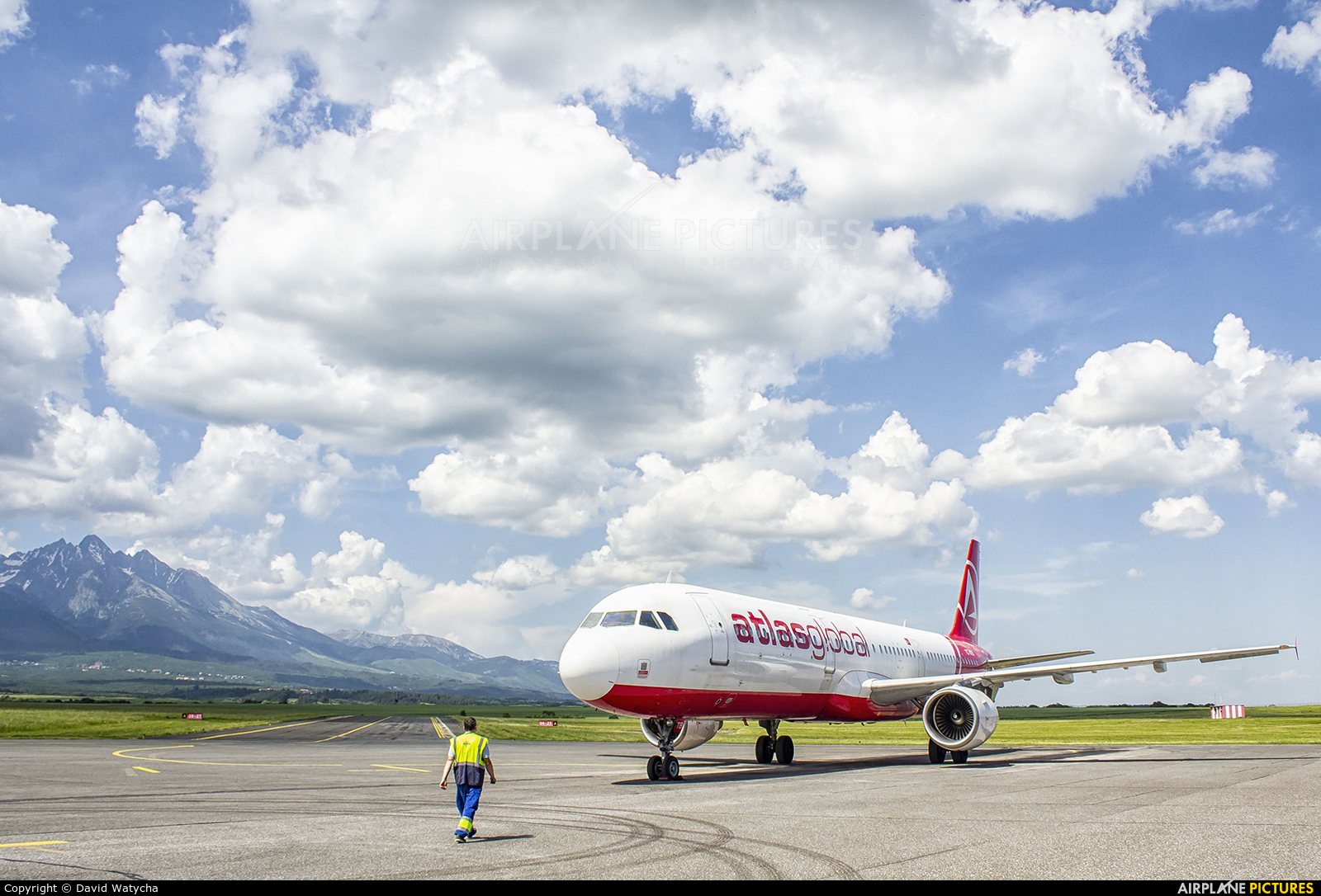 Atlasglobal TC-ATB aircraft at Poprad - Tatry