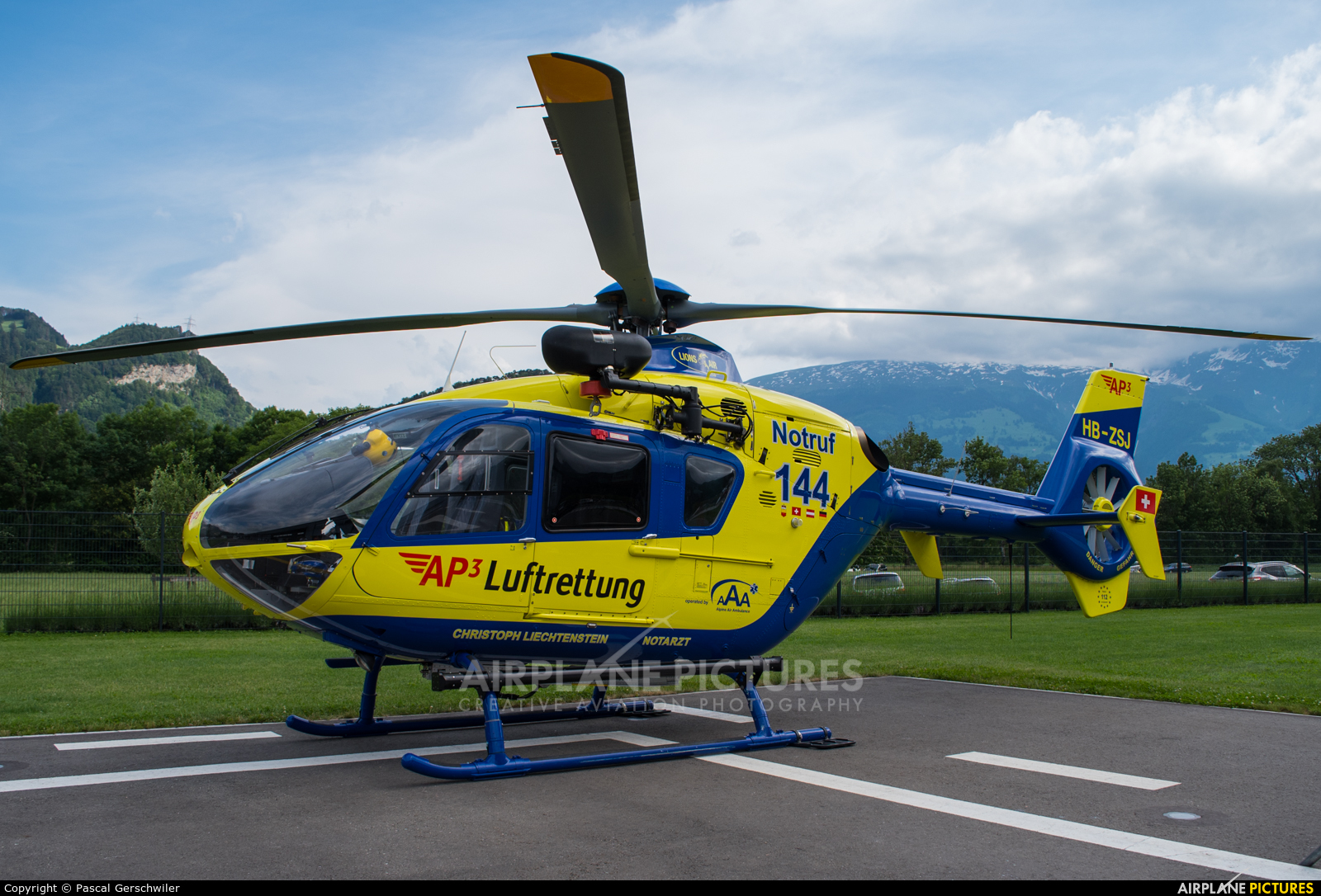 Private HB-ZSJ aircraft at Balzers heliport