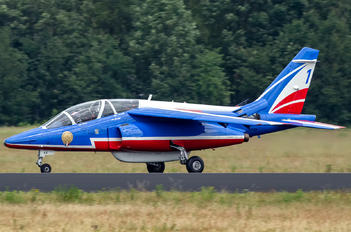 "E44 - France - Air Force ""Patrouille de France"" Dassault - Dornier Alpha Jet E"