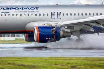 VQ-BBB - Aeroflot Airbus A320