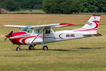 HA-SKL - Private Cessna 172 Skyhawk (all models except RG)
