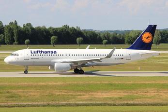 D-AIUT - Lufthansa Airbus A320
