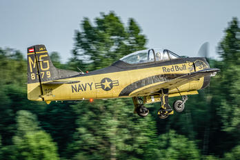 OE-ESA - The Flying Bulls North American T-28B Trojan