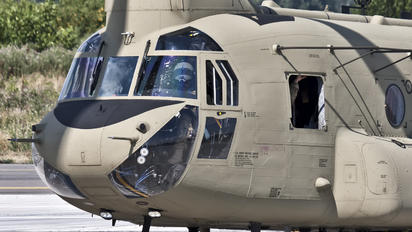 14-08169 - USA - Army Boeing CH-47F Chinook