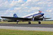 N25641 - Private Douglas DC-3 aircraft
