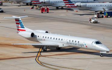 N686AE - American Eagle Embraer EMB-145
