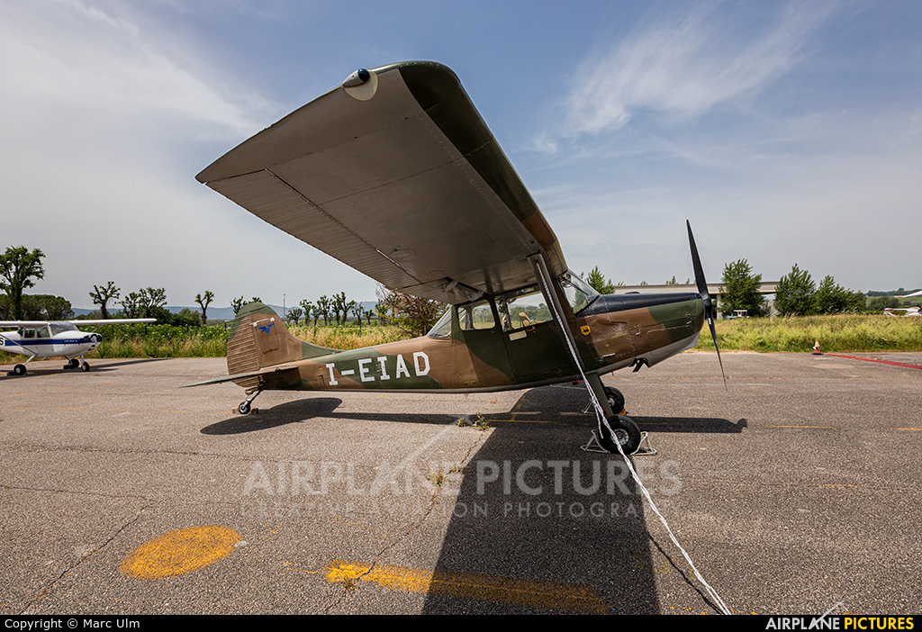 Private I-EIAD aircraft at Aviosupeficie Alvaro Leonardi Terni