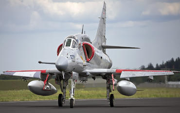 Douglas A-4 Skyhawk (all models) Photos | Airplane-Pictures net