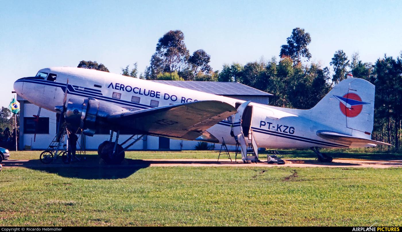 Aeroclube do Rio Grande do Sul PT-KZG aircraft at Porto Alegre - Belem Novo