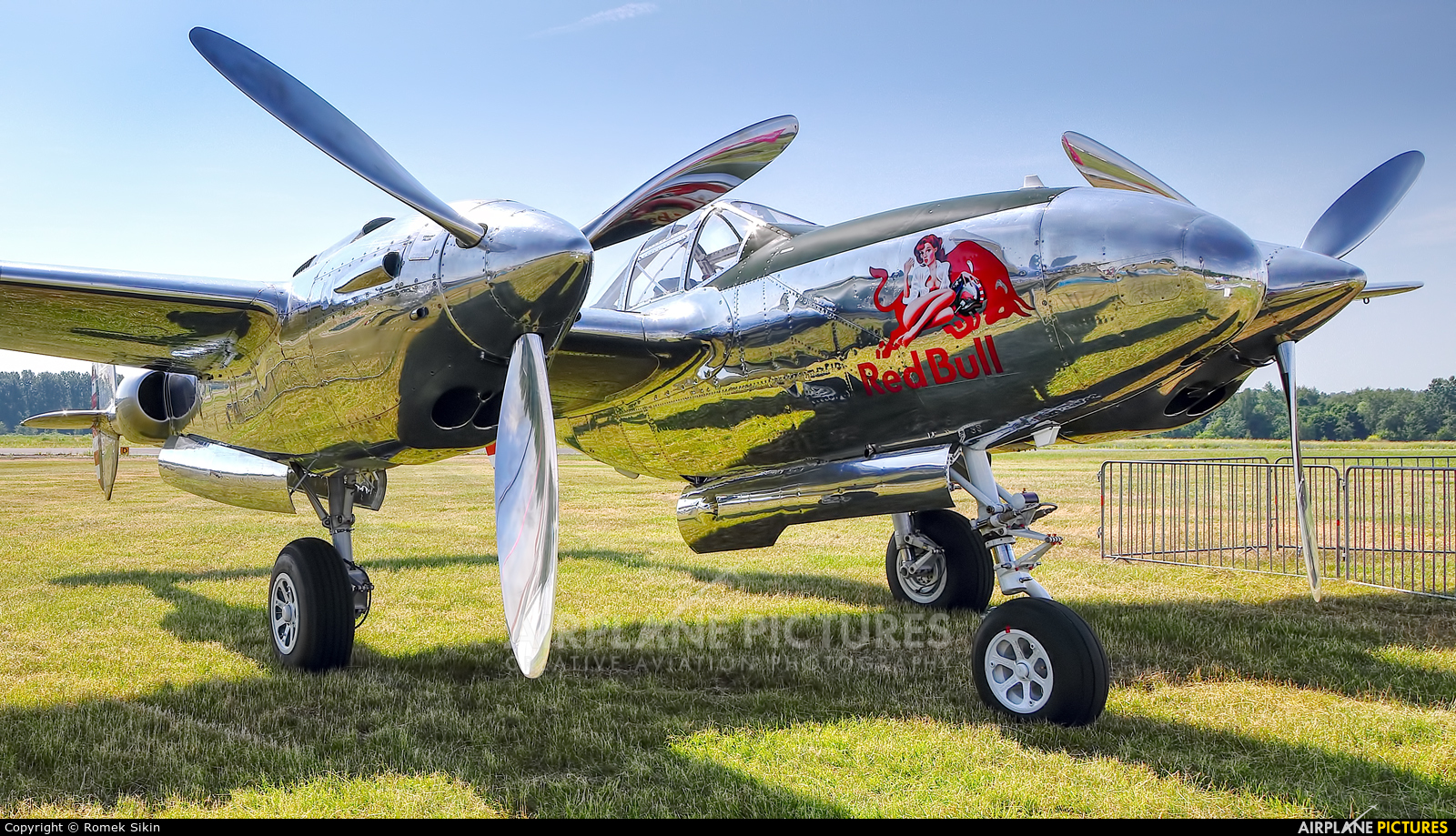 The Flying Bulls N25Y aircraft at Katowice Muchowiec