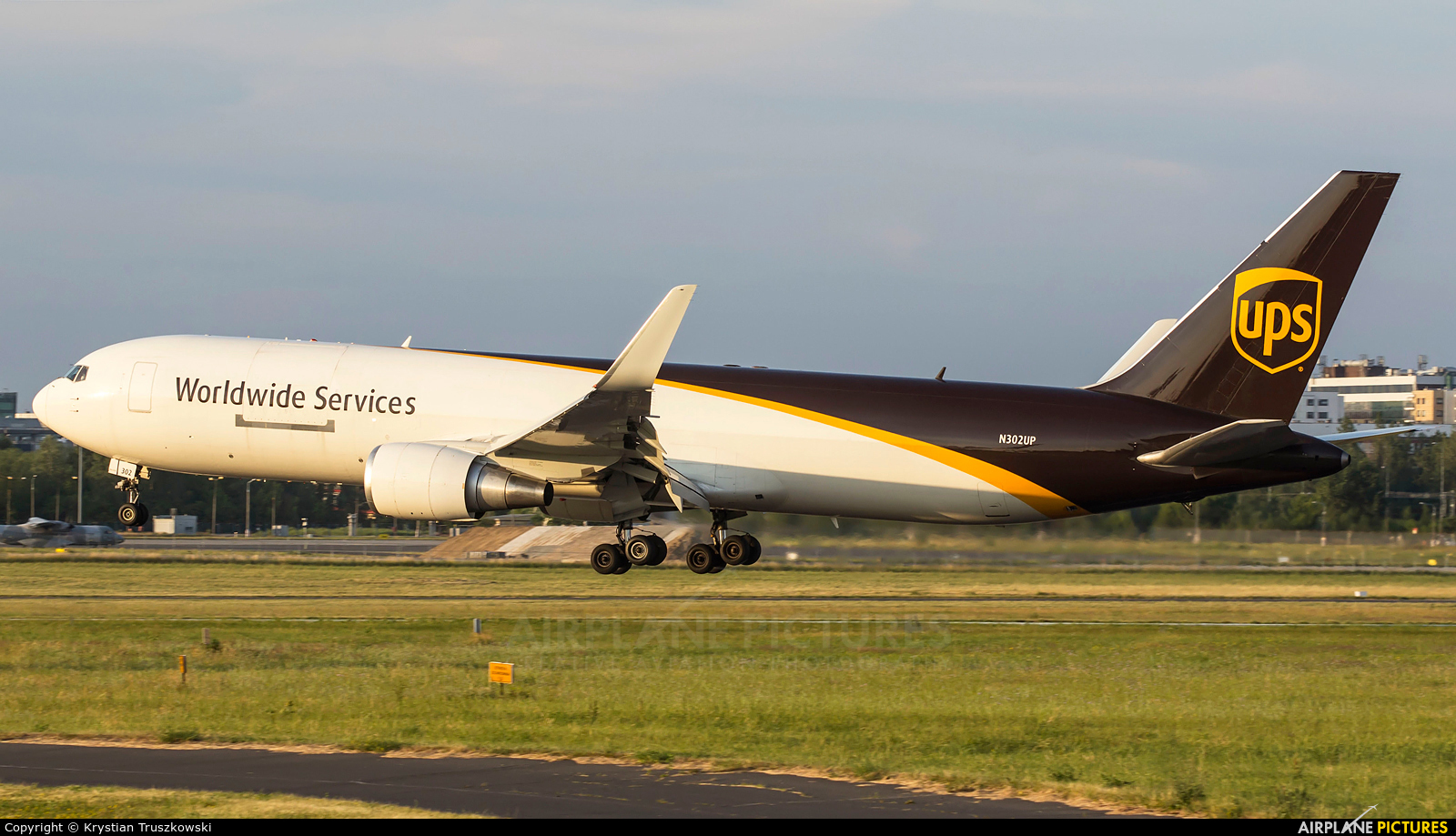 UPS - United Parcel Service N302UP aircraft at Warsaw - Frederic Chopin