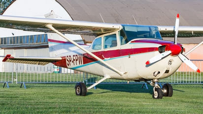 SP-FPW - Private Cessna 172 Skyhawk (all models except RG)